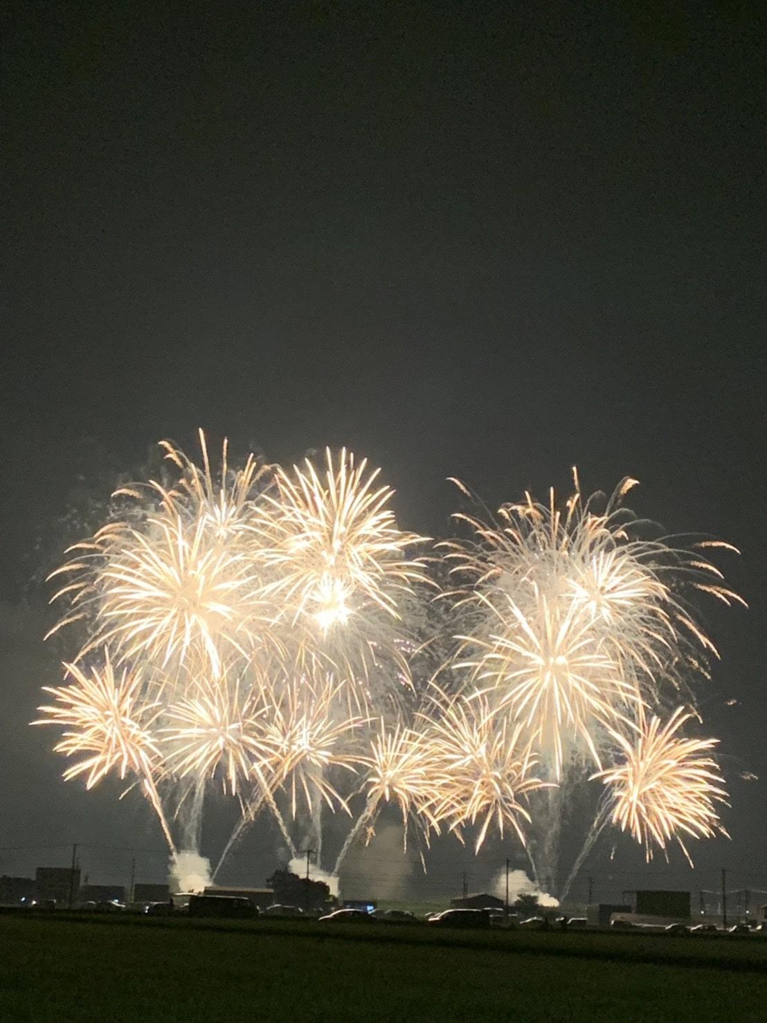 辰口自動車販売 夏の花火観覧会